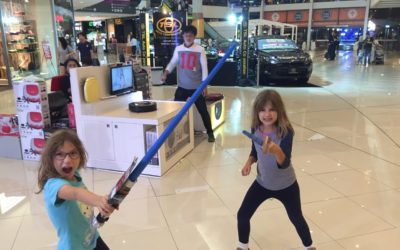 Thailand with Kids: Bangkok – Ice Skating, Star Wars and Safari World