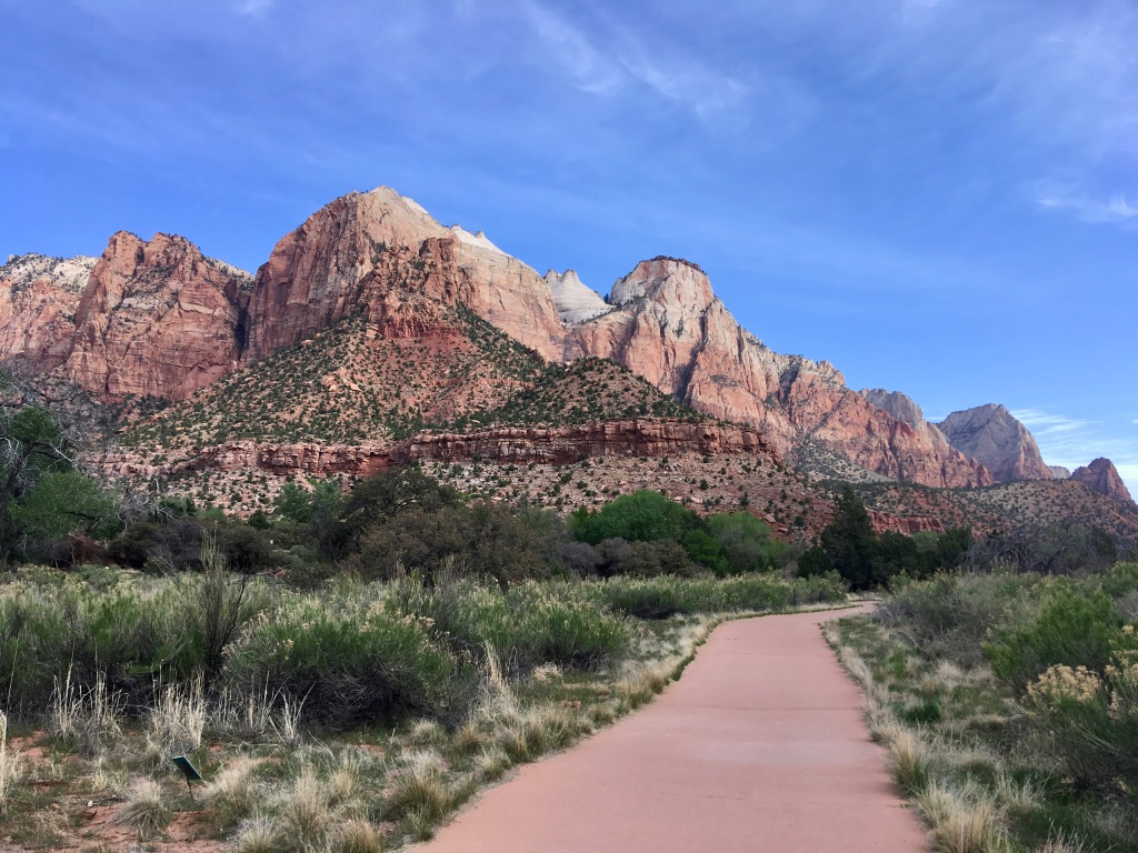 View of Zion National Park from the Pa'rus trail